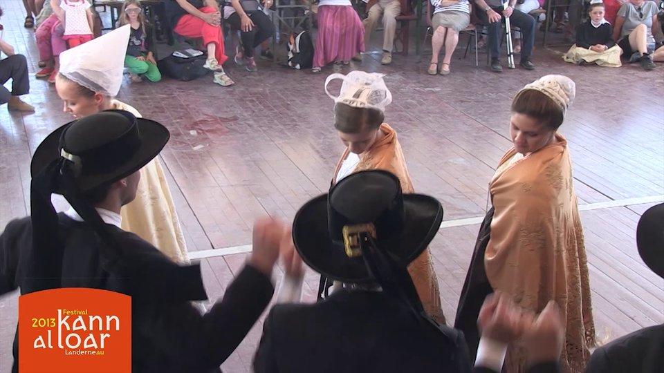 Délia Capelle – Reine du Festival du Léon 2013